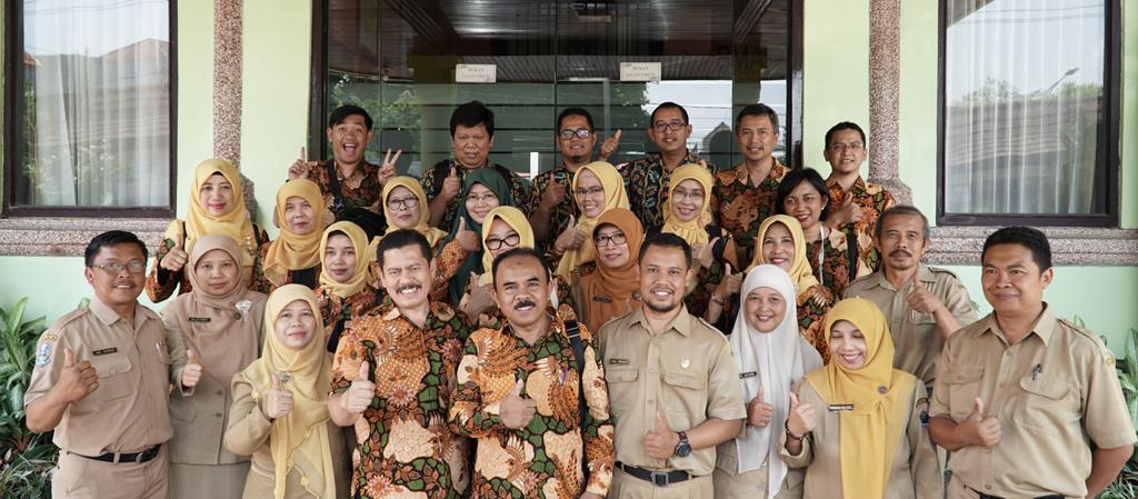 Studi Banding SKS ke SMAN 2 Malang